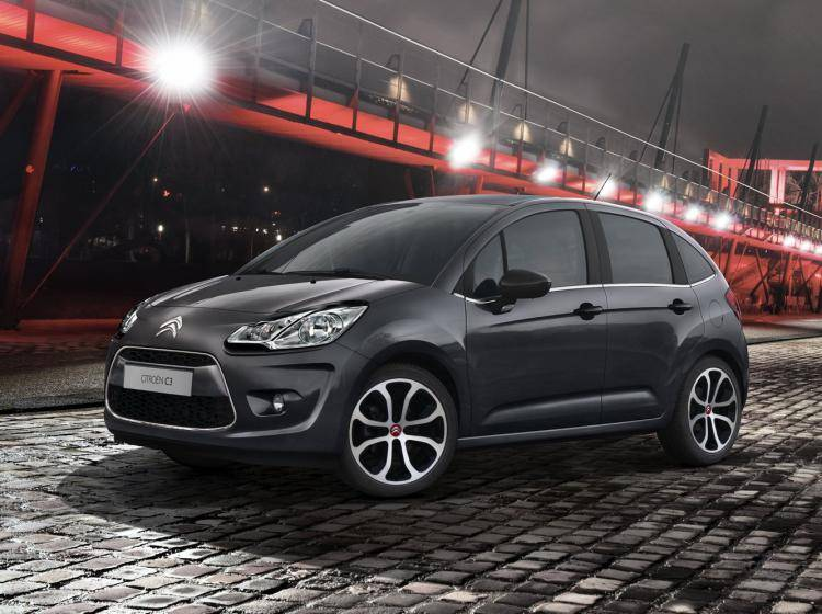 Фото Citroen C3 II - конкурент MINI Hatch R56