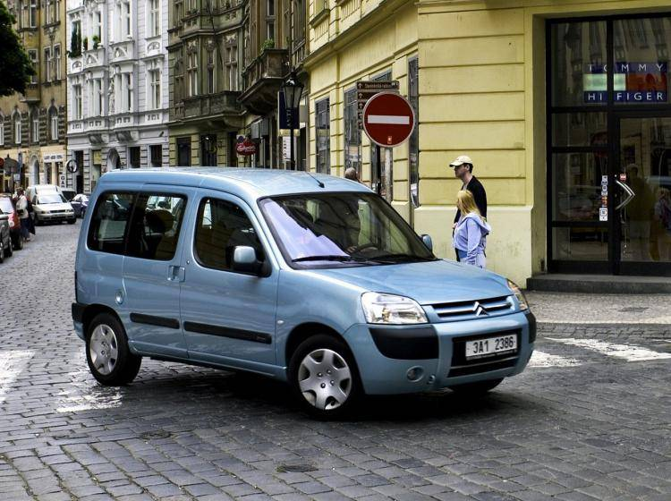 Фото Citroen Berlingo I рестайлинг - конкурент Renault Espace IV