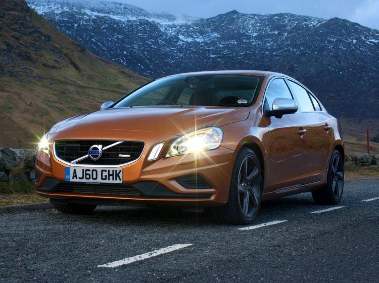 Volvo S60 Ii Kinetic 1.6 AMT (150 л.с.)