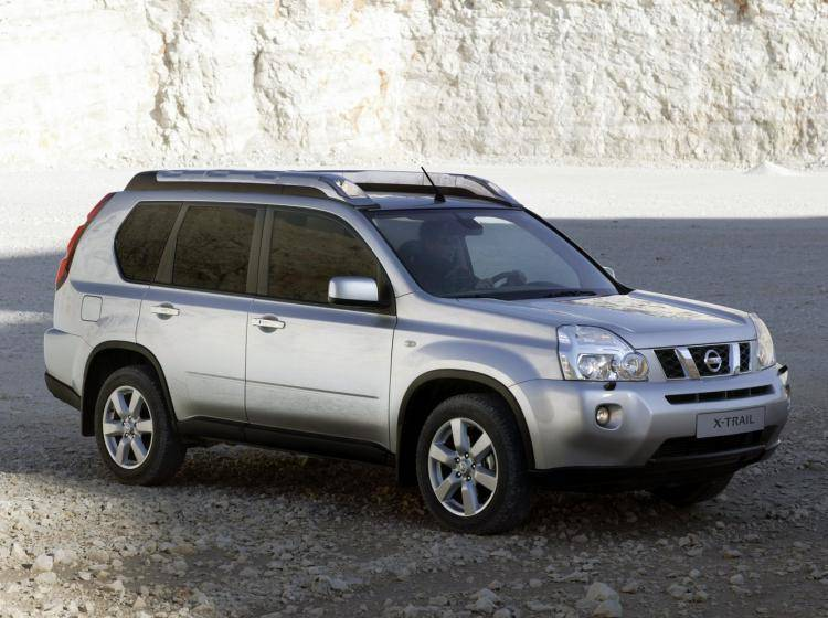 Фото Nissan X-Trail T31 - схожий с Ford Escape II