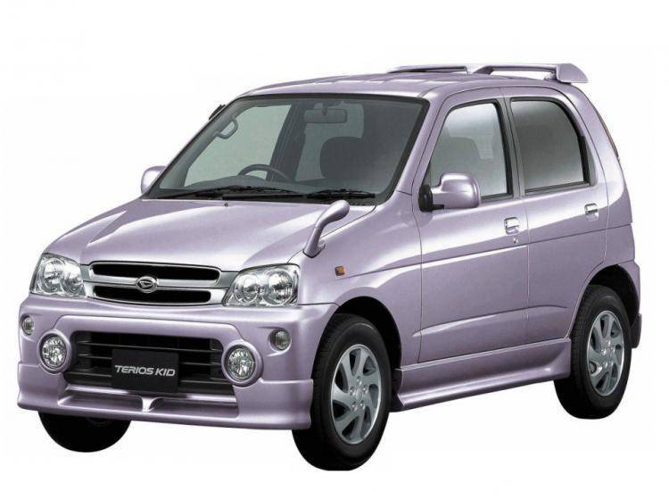 Фото Daihatsu Terios I - схожий с Toyota Land Cruiser 70