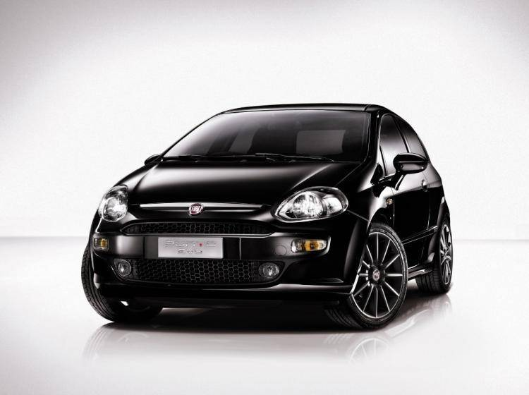 Фото Fiat Punto III Punto Evo - конкурент MINI Hatch R56