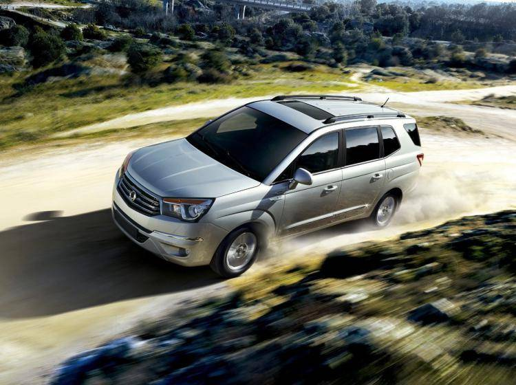 Ssangyong Stavic I Original 2.0 AT (149 л.с.)