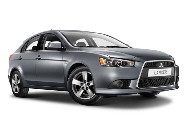 Фото Mitsubishi Lancer X рестайлинг - схожий с Ford Focus (North America) II