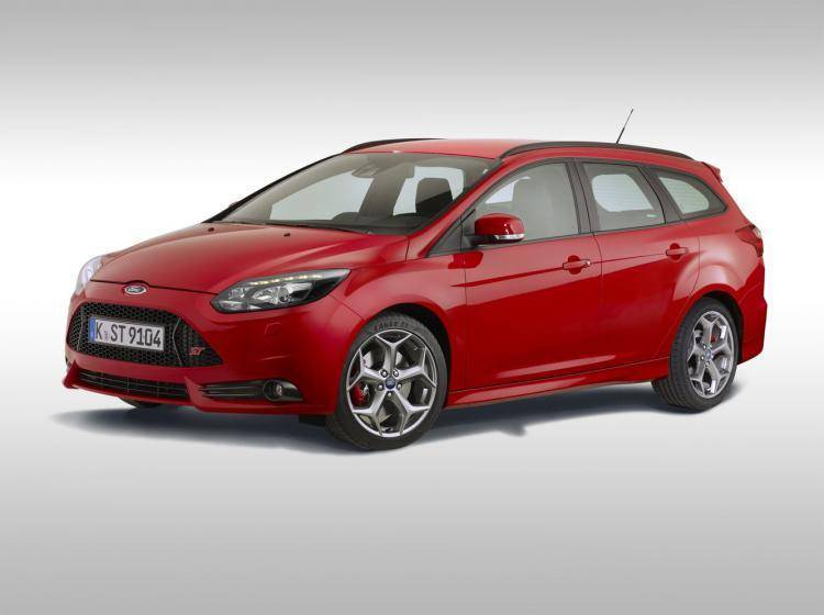 Ford Focus st Iii ST1 2.0 MT (249 л.с.) хэтчбек 5 дв.