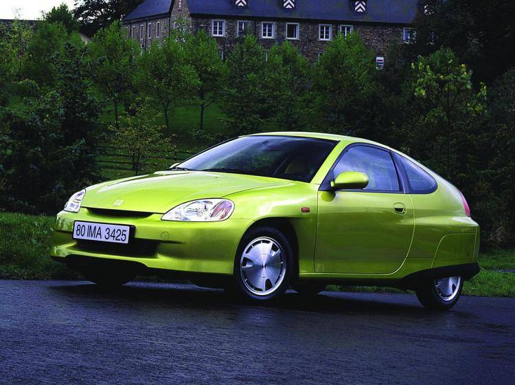 Фото Honda Insight I - схожий с Toyota Ist I
