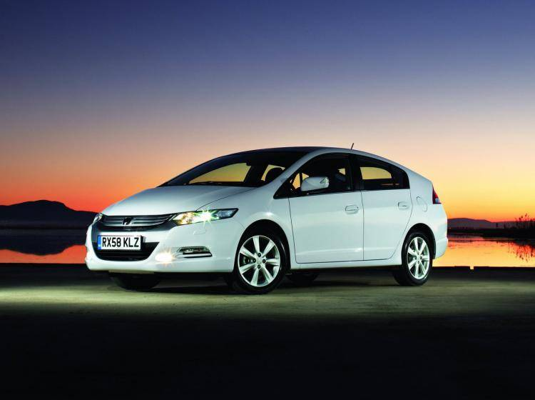 Фото Honda Insight II - конкурент Citroen C4 II