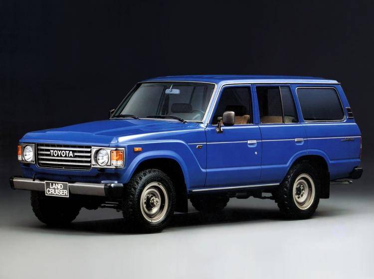 Фото Toyota Land Cruiser 60 - конкурент Toyota Hilux Surf II