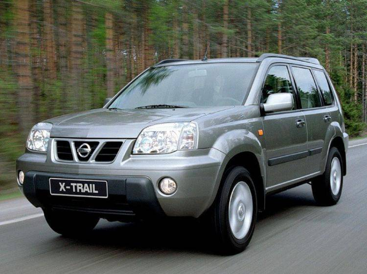 Фото Nissan X-Trail T30 - схожий с Ford Escape II