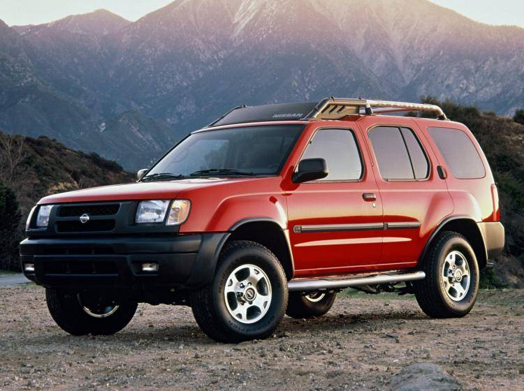Фото Nissan X-Terra WD22 - конкурент Isuzu Trooper II