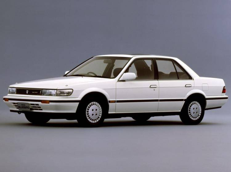 Фото Nissan Bluebird IX - конкурент Honda Accord IV