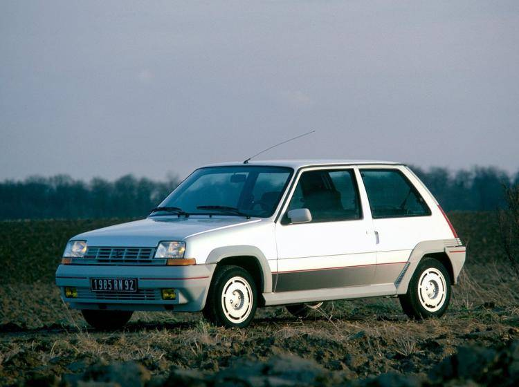 Фото Renault 5 II - конкурент Suzuki Swift I