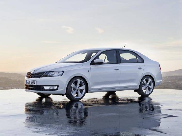 Skoda Rapid I Ambition 1.6 MT (90 л.с.) хэтчбек 5 дв.