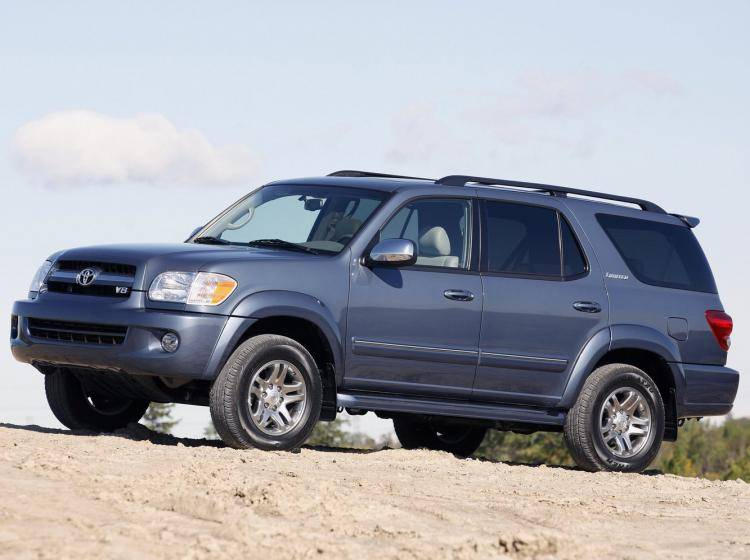 Фото Toyota Sequoia I рестайлинг - схожий с Toyota Land Cruiser 70