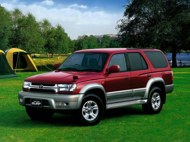 Фото Toyota Hilux Surf III рестайлинг - конкурент Isuzu Trooper II