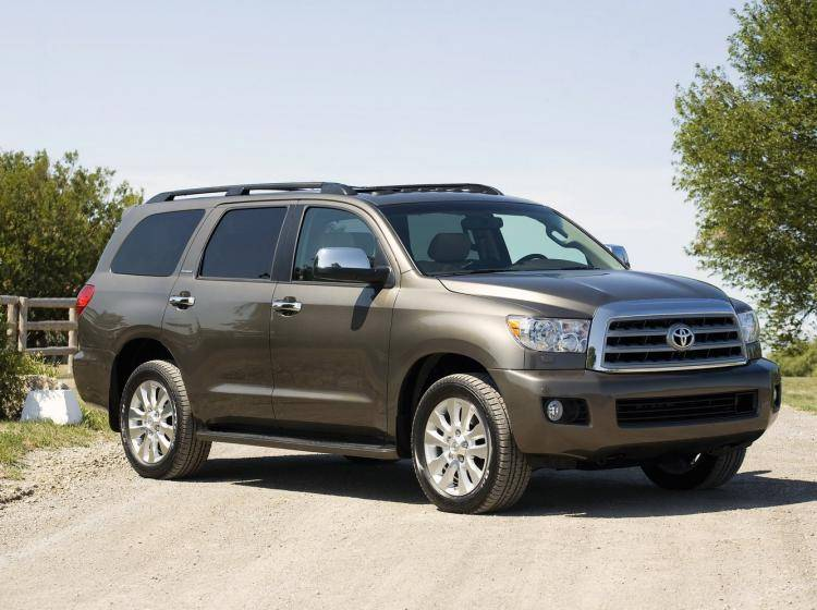 Фото Toyota Sequoia II - схожий с Chevrolet TrailBlazer I рестайлинг