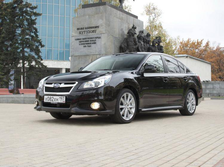 Фото Subaru Legacy V рестайлинг - конкурент Skoda Superb II рестайлинг