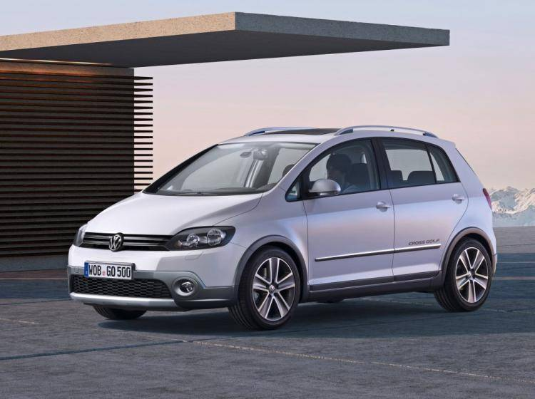 Фото Volkswagen Golf Plus I - конкурент Citroen C4 I
