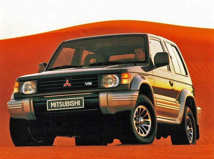 Фото Mitsubishi Montero II - конкурент Suzuki Grand Vitara FT
