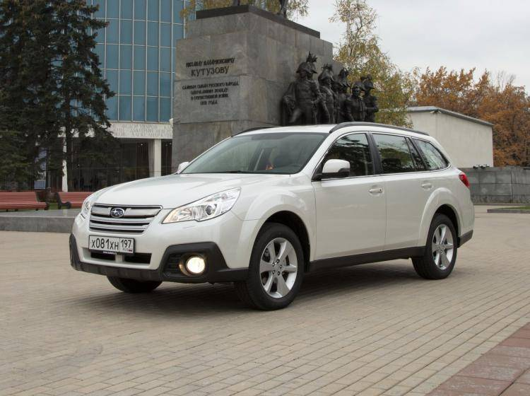 Фото Subaru Outback IV рестайлинг - конкурент Skoda Superb II рестайлинг