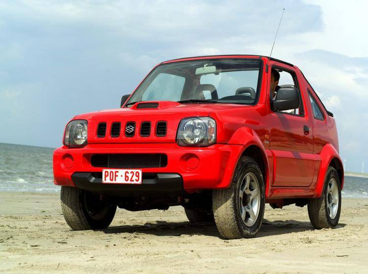 Фото Suzuki Jimny JB43 - схожий с Toyota Land Cruiser 70