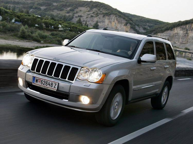 Фото Jeep Grand Cherokee WK - конкурент Mercury Mountaineer II