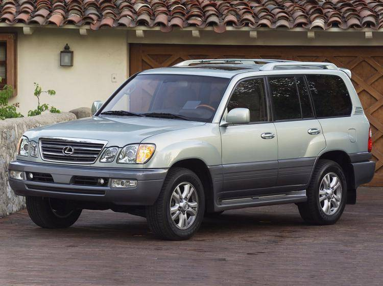 Фото Lexus LX II рестайлинг - конкурент Isuzu Trooper II