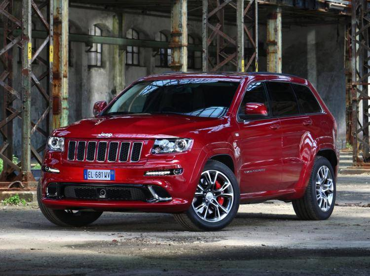 Фото Jeep Grand Cherokee SRT8 WK2 - схожий с Jeep Grand Cherokee WK2