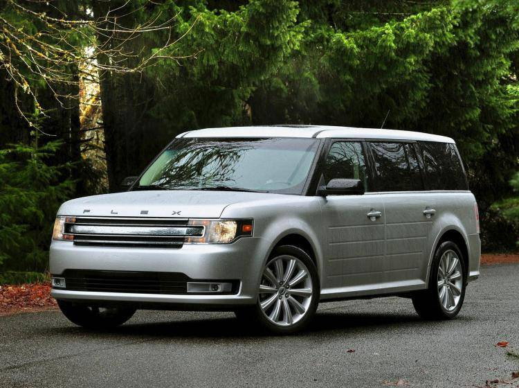 Фото Ford Flex I рестайлинг - схожий с Ford Escape II