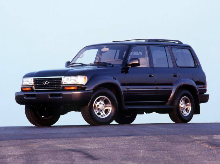 Фото Lexus LX I - конкурент Isuzu Trooper II