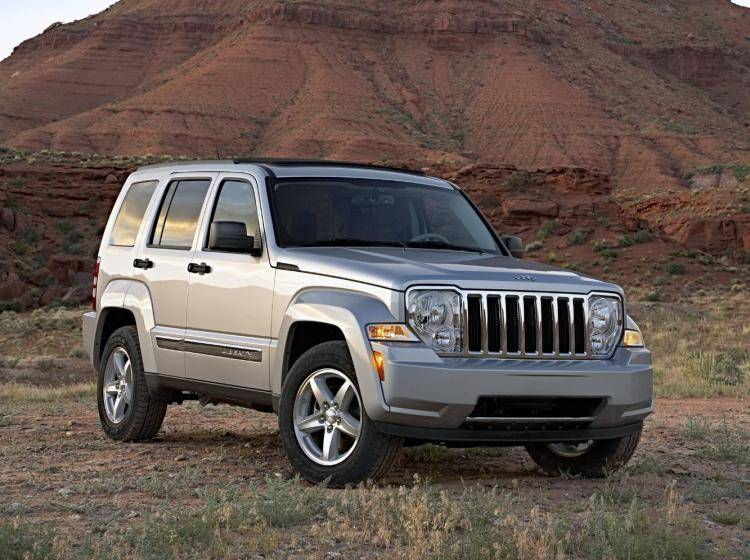 Фото Jeep Liberty (North America) II - конкурент Mercedes-Benz M-klasse W164