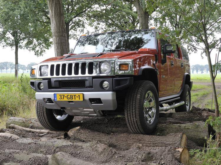 Фото Hummer H2 I - конкурент Isuzu Trooper II