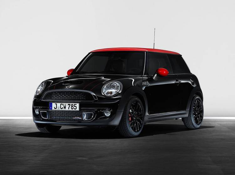 Фото MINI Hatch R56 рестайлинг - схожий с Citroen C3 II