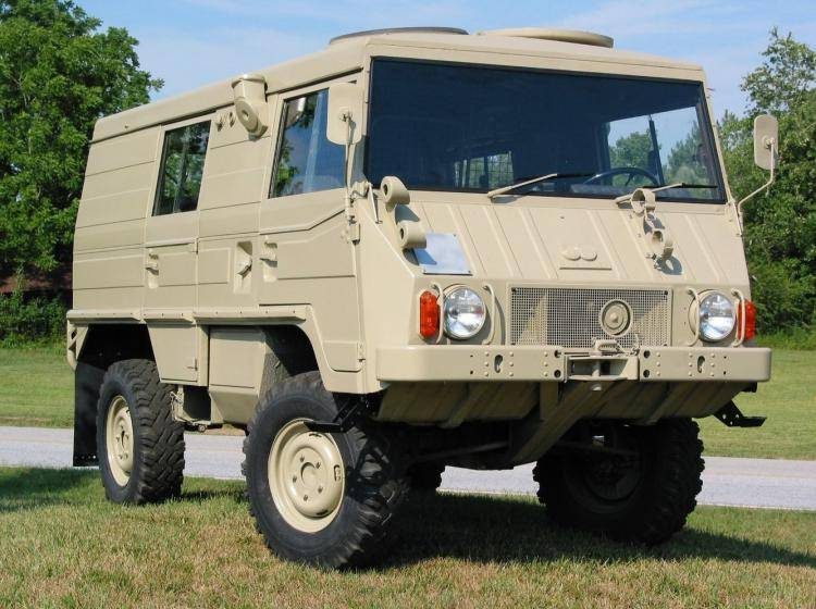 Фото PUCH Pinzgauer 710 - схожий с Toyota Land Cruiser 70