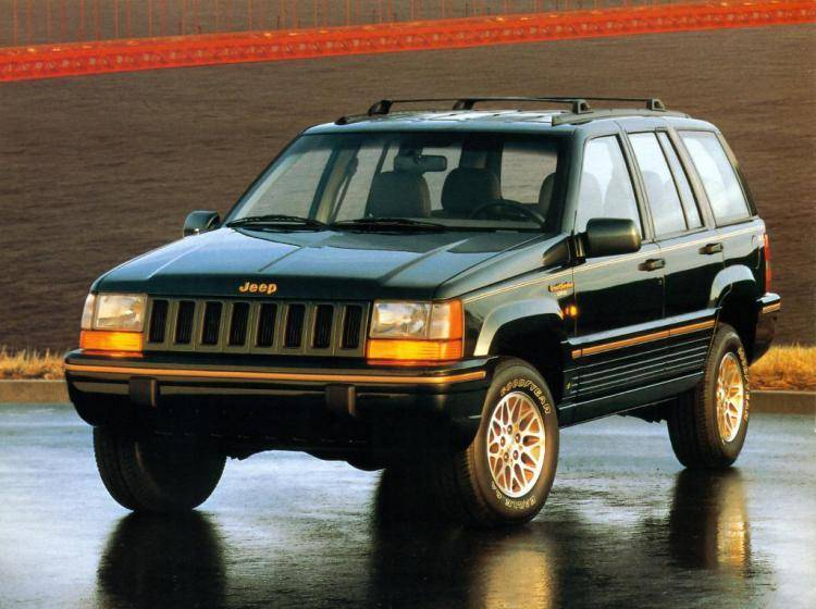 Фото Jeep Grand Cherokee ZJ - конкурент Toyota Land Cruiser 80