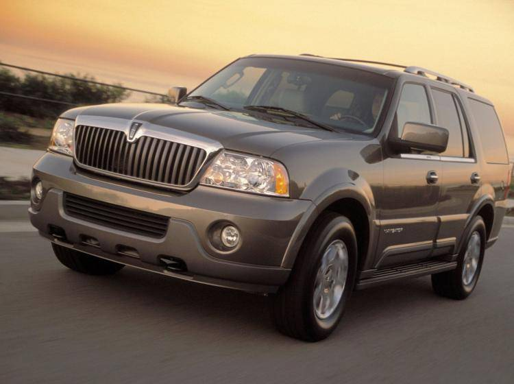 Фото Lincoln Navigator U228 - конкурент Mercury Mountaineer II