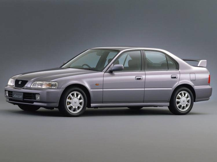 Фото Honda Ascot CE - конкурент Honda Accord IV