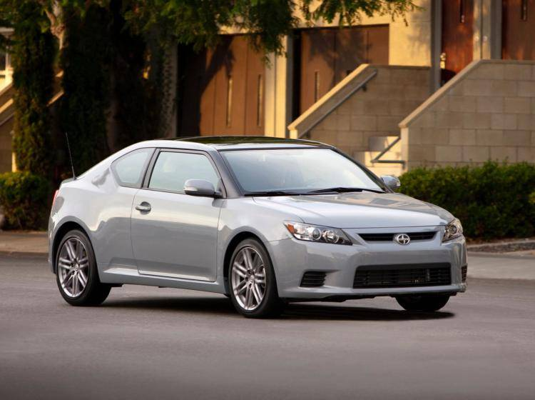 Фото Scion tC II - схожий с Ford Focus (North America) II