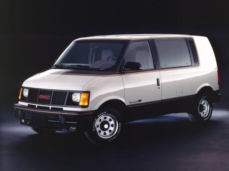 Фото GMC Safari I - конкурент Toyota TownAce II