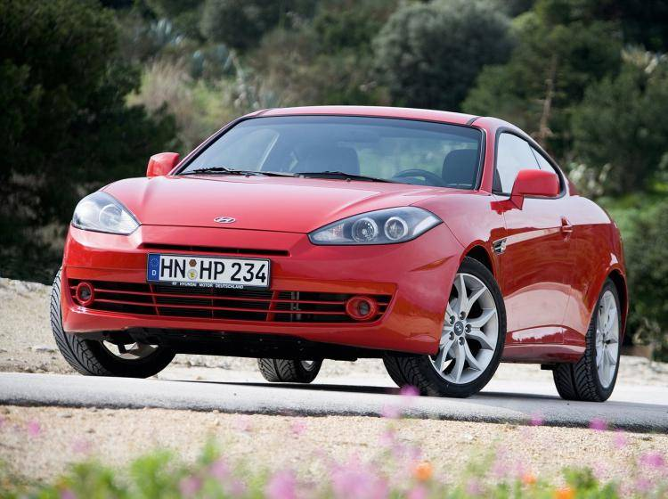 Фото Hyundai Coupe II рестайлинг - схожий с Ford Focus (North America) II