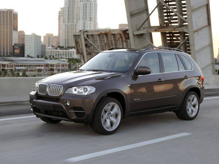 Фото BMW X5 E70 рестайлинг - схожий с Ford Escape II
