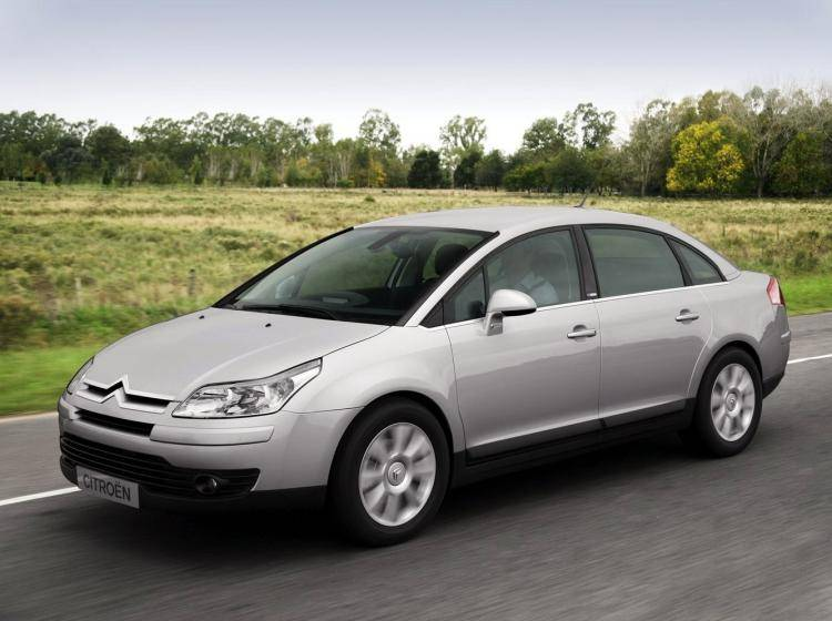 Фото Citroen C4 I - конкурент Honda Civic Type R VIII