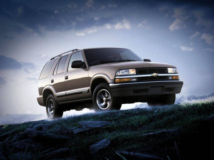 Фото Chevrolet Blazer II рестайлинг - конкурент Isuzu Trooper II
