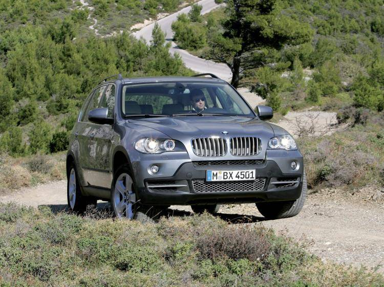Фото BMW X5 E70 - схожий с Ford Escape II