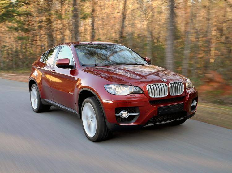Фото BMW X6 E71 - схожий с Ford Escape II
