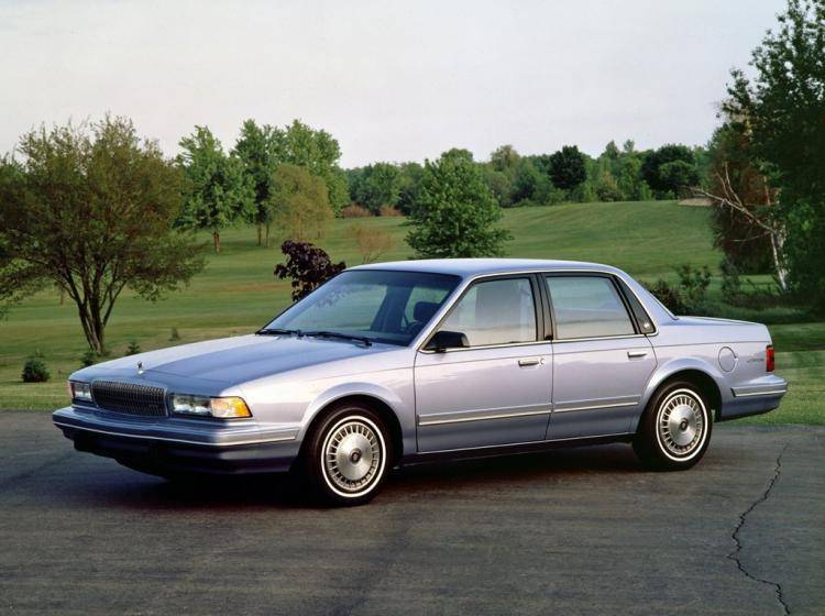 Фото Buick Century V - конкурент Honda Accord IV