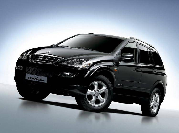 Фото SsangYong Kyron I рестайлинг - схожий с Toyota Land Cruiser 70