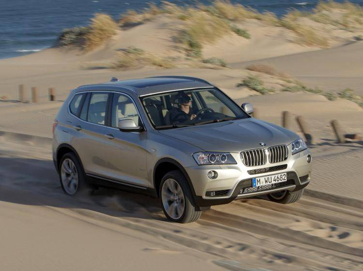 Фото BMW X3 F25 - схожий с Ford Escape II