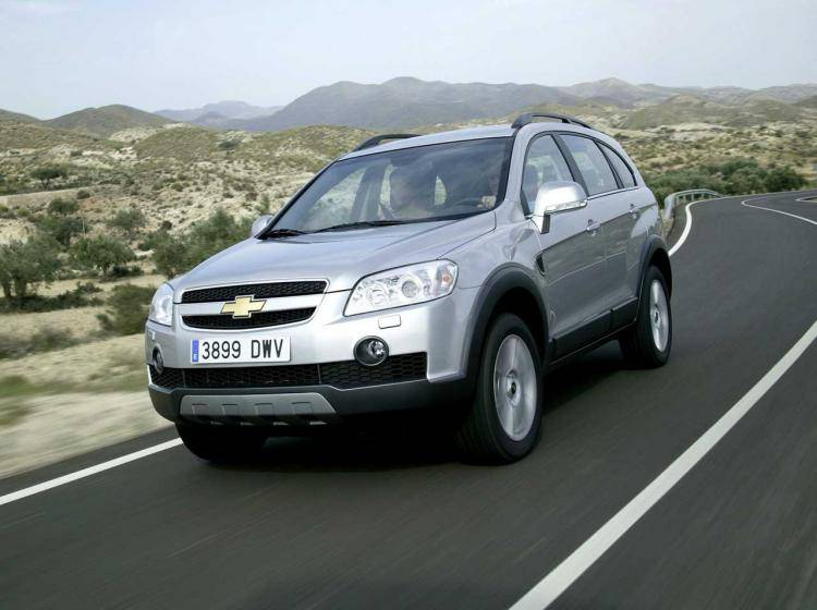 Фото Chevrolet Captiva I - схожий с Ford Escape II